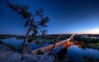 Бесплатные фото вечер,камни,деревья,река,мост,машины,скорость