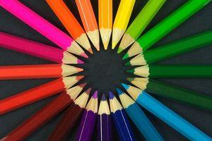 Фото бесплатно олівці, колір, червоний