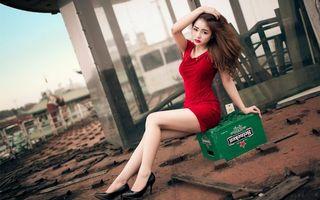Фото бесплатно девушка, поза, платье