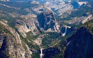 Фото бесплатно горы, лес, скалы, обрыв, высота, солнце, тень, природа