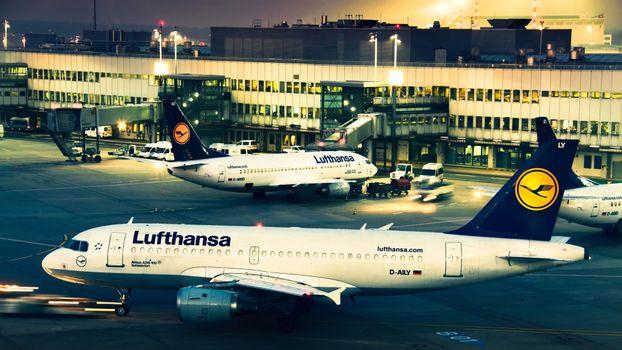 Lufthansa авиакомпания, грузовые перевозки · бесплатное фото