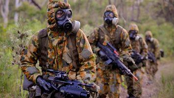 Фото бесплатно солдаты, костюмы, противогазы