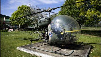 Фото бесплатно вертолет, зеленый, кабина