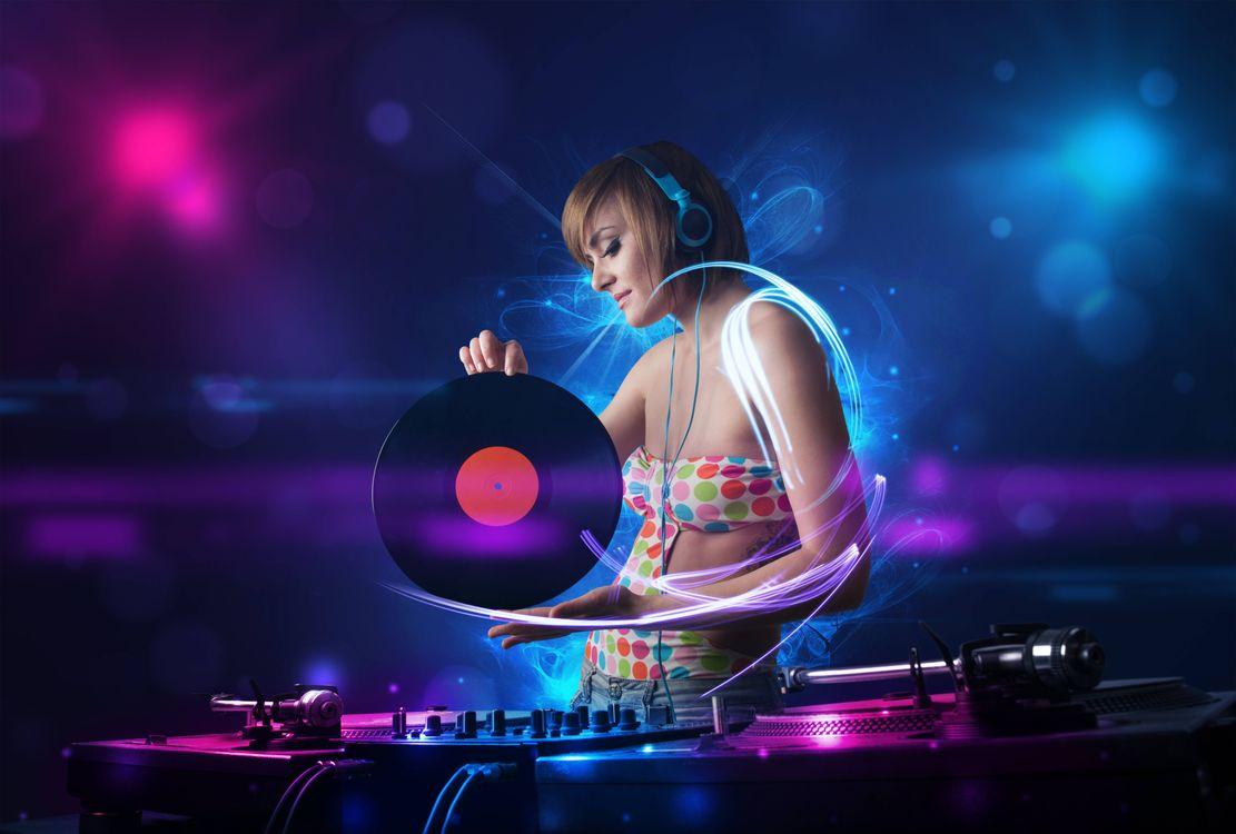 Фото бесплатно девушка диско, девушка, наушники - на рабочий стол