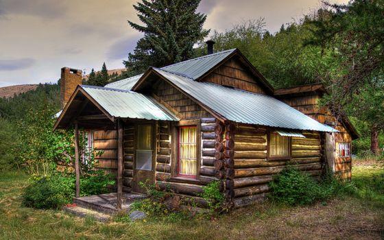Фото бесплатно дом, изба, деревянная, окна, крыша, деревья, трава, небо, разное