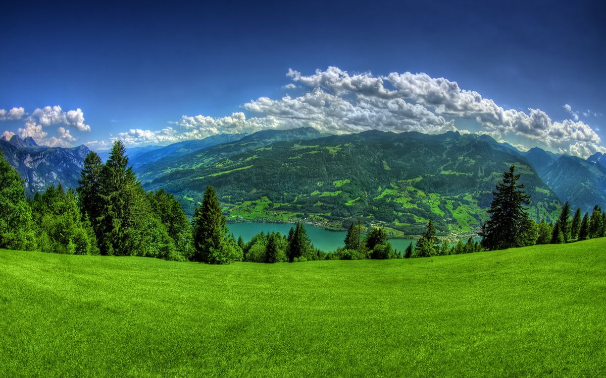 Обои горы, облака, небо картинки на телефон