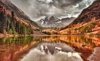 Бесплатные фото озеро,горы,каньон,облака,дождь,осень,пейзажи