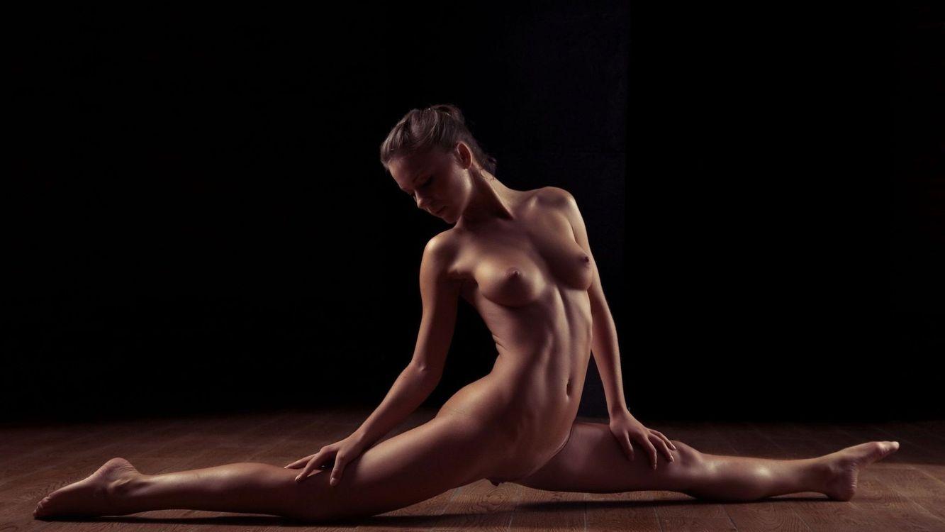 Фото бесплатно девушка, голая, шпагат - на рабочий стол