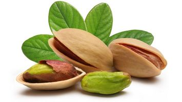 Photo free pistachios, walnut, shell
