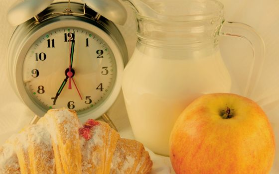 Photo free croissant, clock, alarm clock
