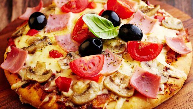 Фото бесплатно помидоры, грибы, тесто