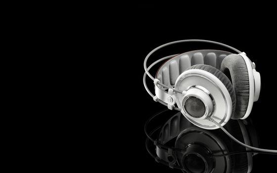 Photo free music, headphones