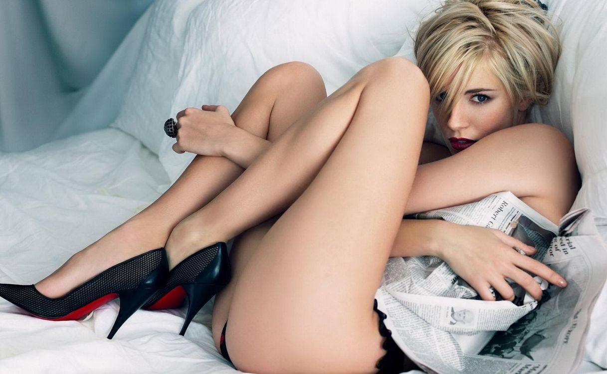 Красивая заставка девушка, блондинка, девушки
