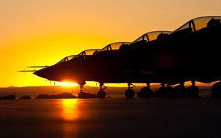 Фото бесплатно истребители, аэродром, стоянка