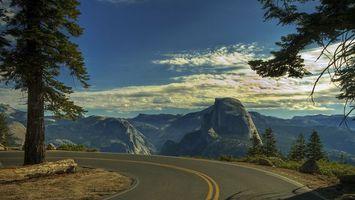 Бесплатные фото шоссе,небо,облака,дерево,скалы,горы,песок