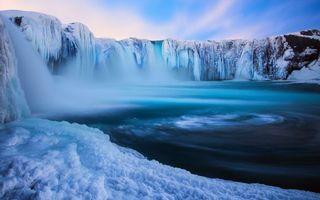 Фото бесплатно зима, река, водопады