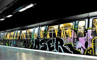 Photo free graffiti, paints, metro