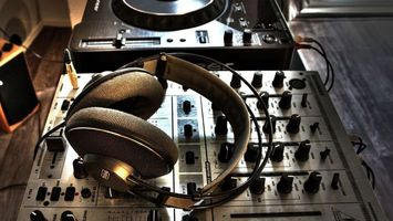 Photo free headphones, equipment, speakers