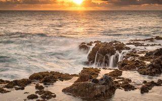 Бесплатные фото море, волны, камни, горизонт, солнце, закат, небо