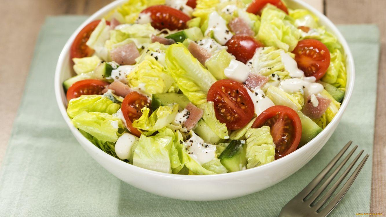 Фото бесплатно салат, зелень, помидоры - на рабочий стол