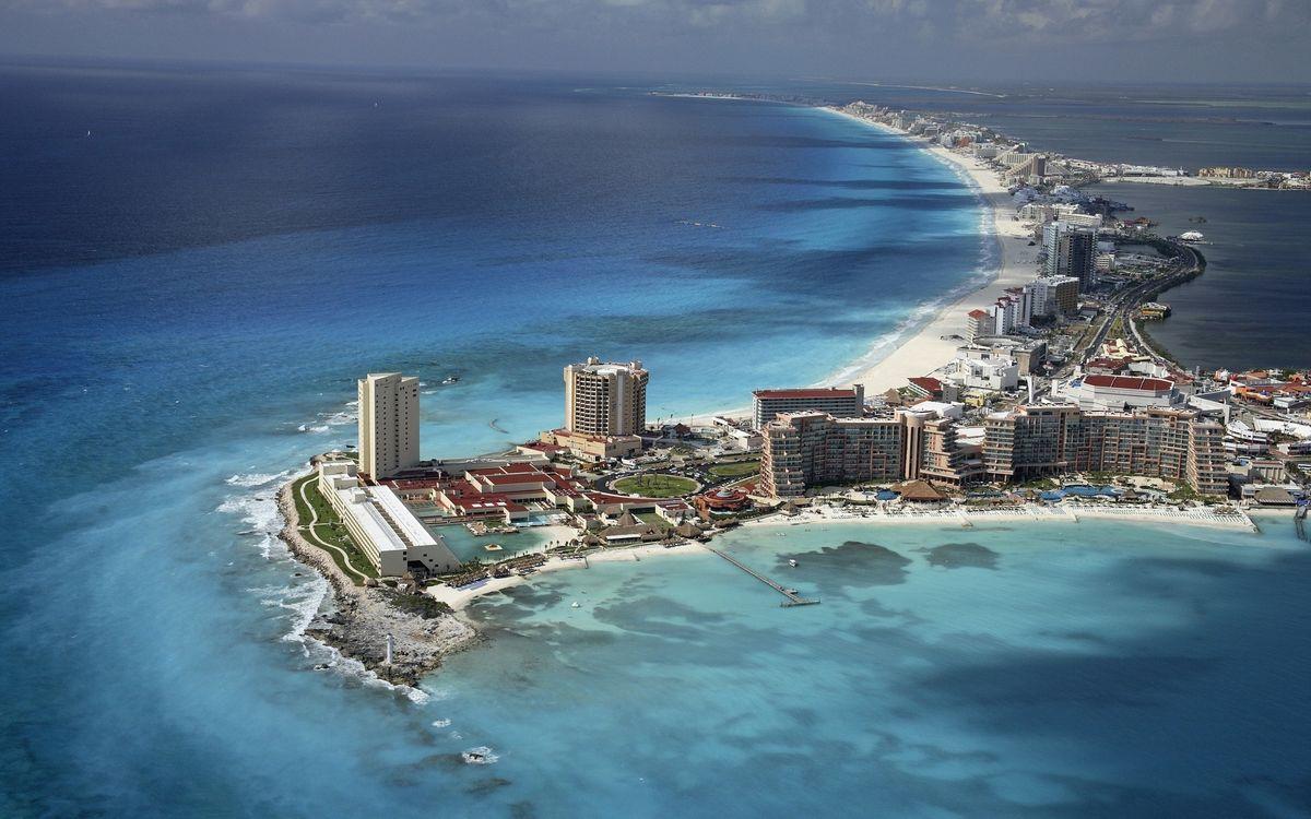 Обои улицы, вид, фото, море, океан, берег, дома, высотки, остров, полуостров, курорт, город на телефон | картинки город