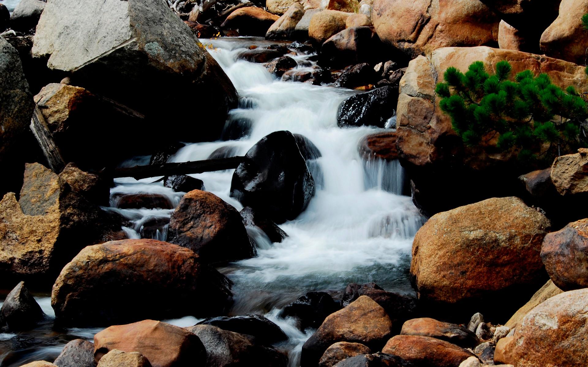 гора речка камни загрузить