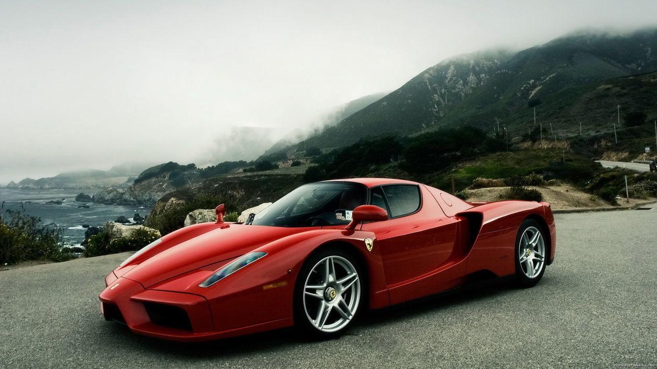 Фото бесплатно ferrari, ензо, красный, фары, кузов, спортивный, автомобиль, колеса, деревья, асфальт, машины, машины