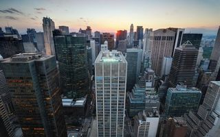 Бесплатные фото нью-йорк,небоскребы,дома,закат,проспекты,машины,город
