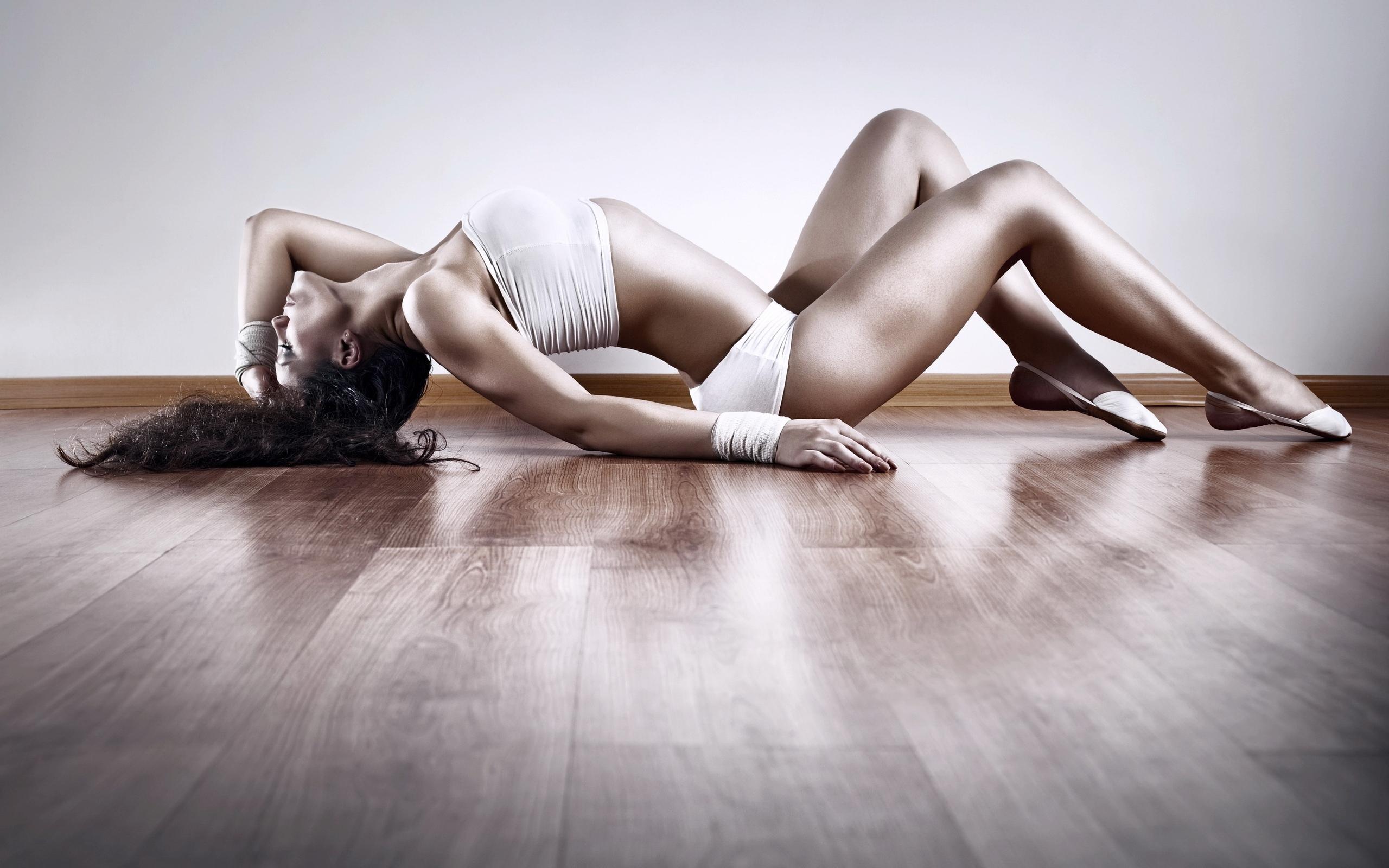 Фото голое женское тело, Голое тело - красивое женское тело нагишом - интим фото 16 фотография