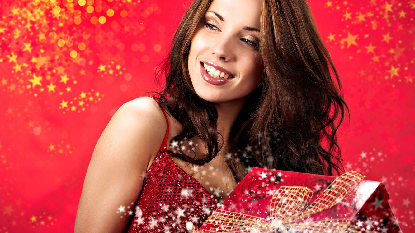 Фото бесплатно девушка, улыбка, красный - на рабочий стол