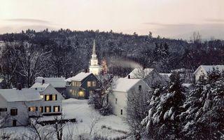 Photo free church, snow, houses