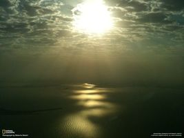 Бесплатные фото лучи,солнце,вода,острова,небо,тучи,дорожка