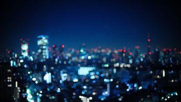Бесплатные фото город,дома,высотки,сумерки,блики,свет,фото