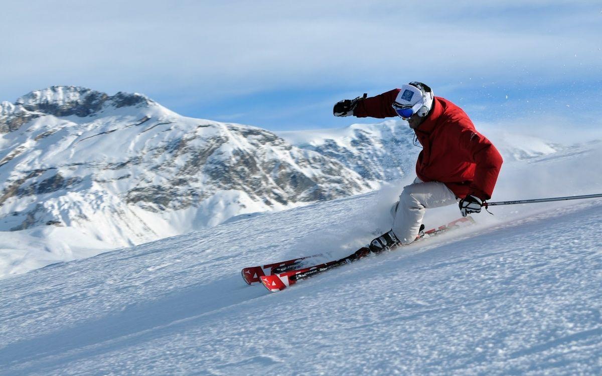Фото бесплатно горные, лыжи, экипировка, экстрим, снег, скорость, спорт, спорт