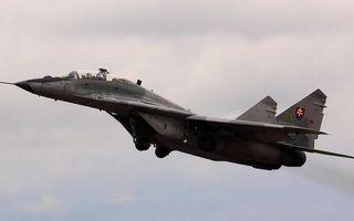 Заставки самолет,истребитель,кабина,пилот,крылья,хвост,полет