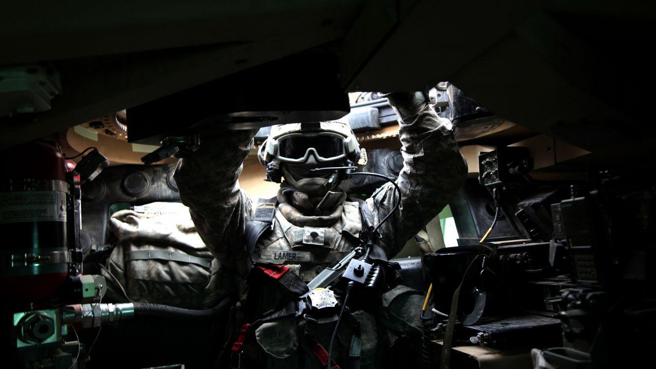 Фото бесплатно lamer, танкист, в танке - на рабочий стол