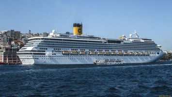 Заставки корабль,огромный,труба,окна,вода,море,дома