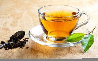 Фото бесплатно заварка, напиток, чашка, блюдце, ложка, листья, напитки