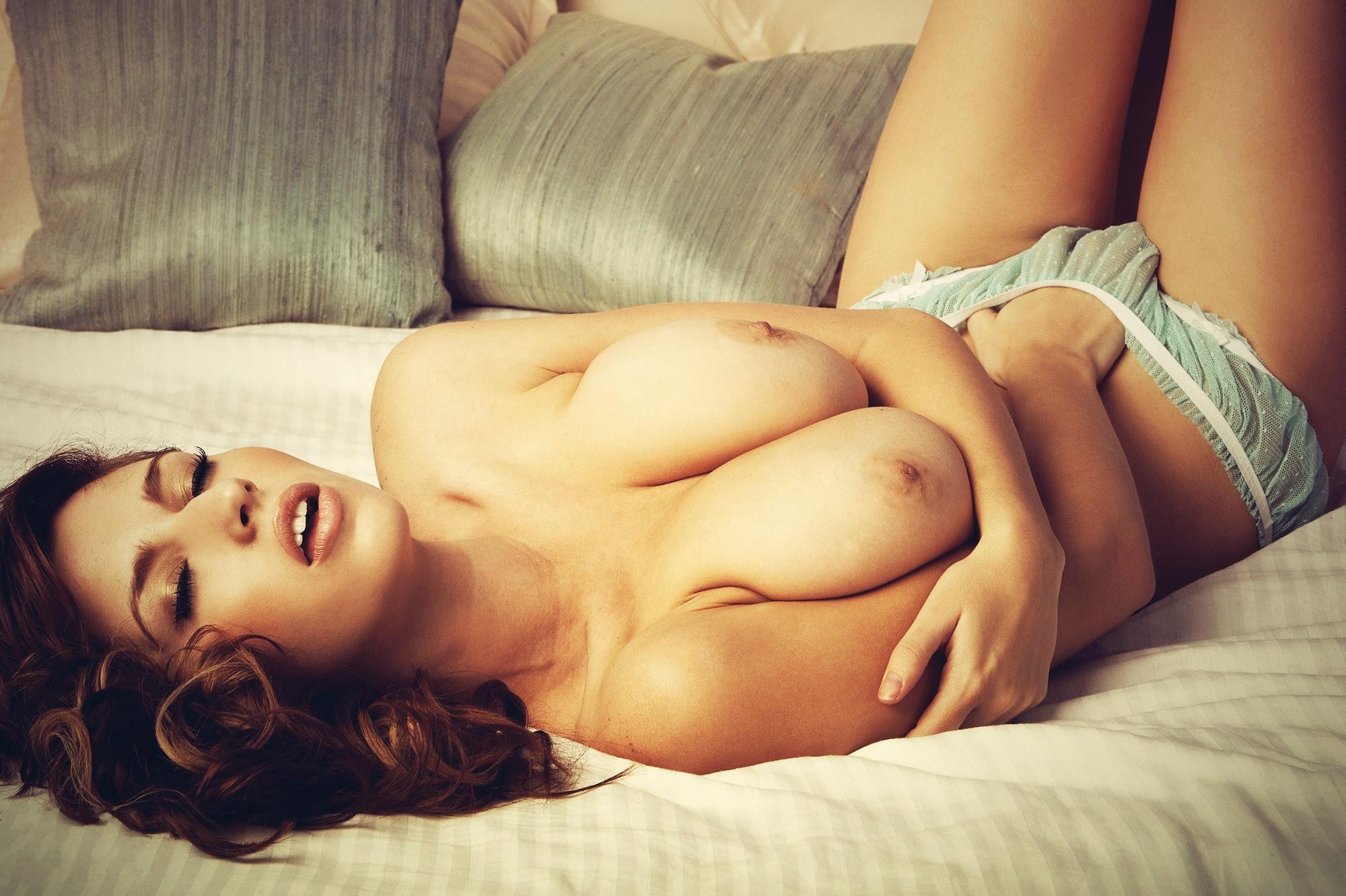 Эротик фото девушки, Эротика. Смотреть фото красивых голых девушек 18 фотография