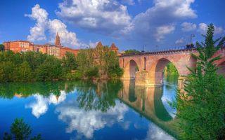 Бесплатные фото дома,башня,мост,река,небо,облака,деревья