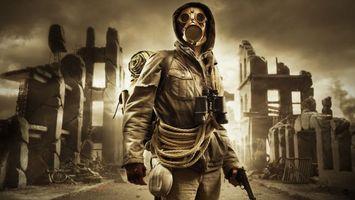 Бесплатные фото город,разрушение,война,противогаз,человек,бинокль,пистолет