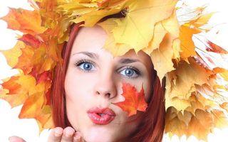 Бесплатные фото лицо, глаза, губы, рука, волосы, листья, девушки