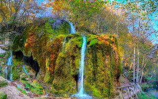 Фото бесплатно водопад, камни, мох