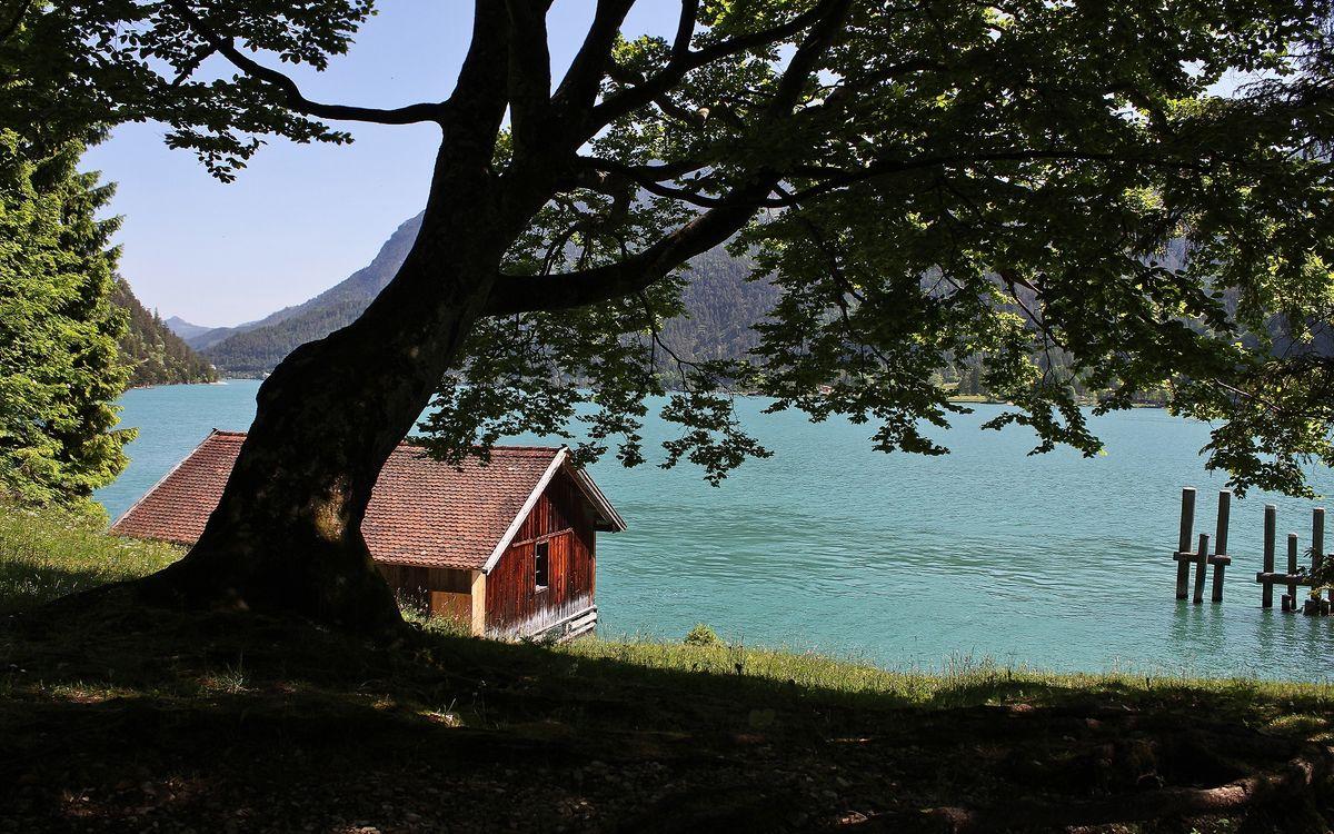 Фото бесплатно горы, озеро, домик - на рабочий стол