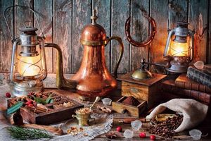 Бесплатные фото стол,керосиновые лампы,кофе,кофемолка,книги,натюрморт,винтаж
