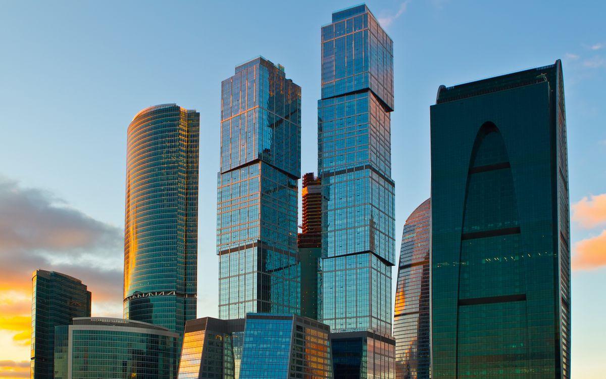 Фото бесплатно дома, высотки, небоскребы, стекла, панели, небо, город