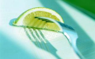 Бесплатные фото фрукт,лимон,долька,мякоть,цедра,вилка
