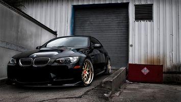 Фото бесплатно гараж, черный, диски