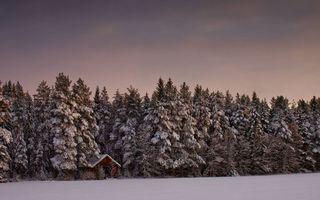 Заставки зима, сугробы, избушка