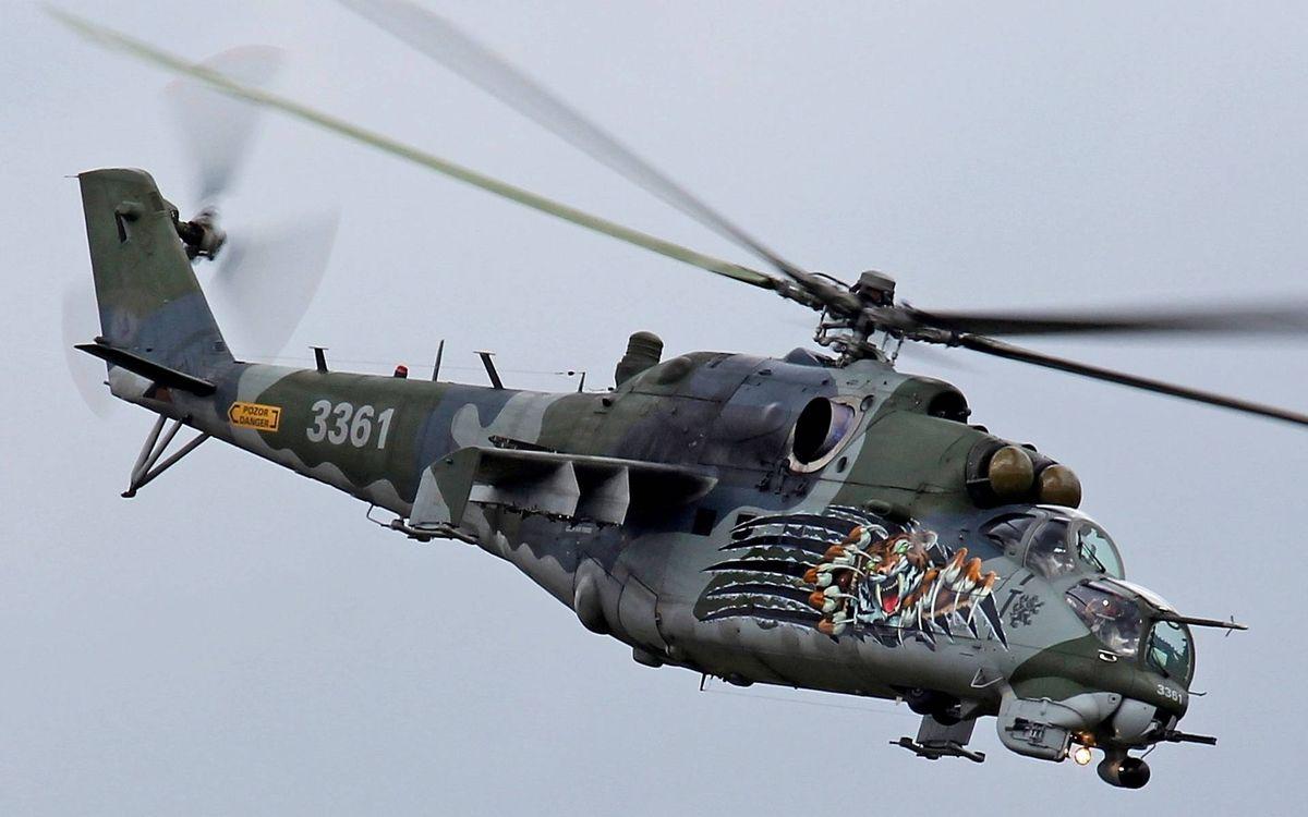 Фото бесплатно вертолет, кабина, винты, хвост, аэрография, тигр, полет, авиация